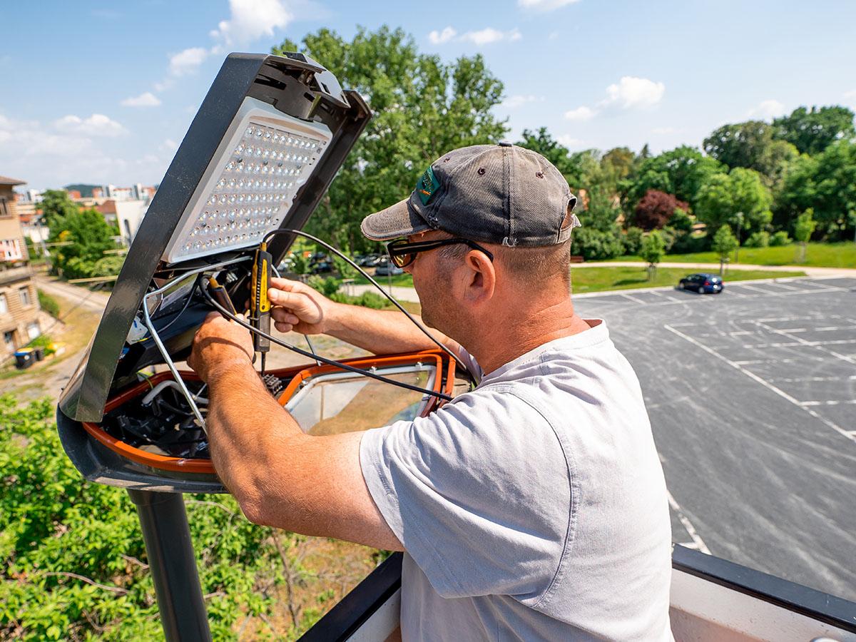 Unsere Projekte | Installation Straßenbeleuchtung